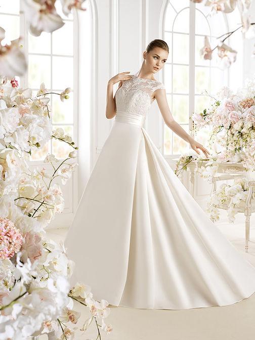 Свадебное платье с юбкой сетка